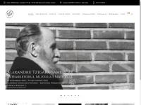 http://www.muzeultaranuluiroman.ro